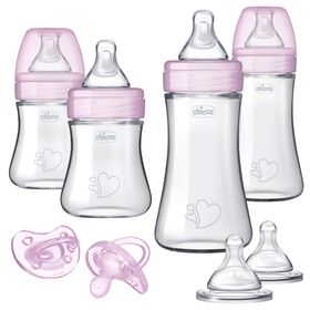 Chicco Duo Baby Bottle Newborn Gift Set in Pink