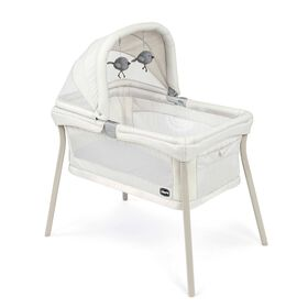 Chicco LullaGo Nest Bassinet in the Vanilla fashion