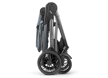 Chicco Corso Stroller features a one-hand fold